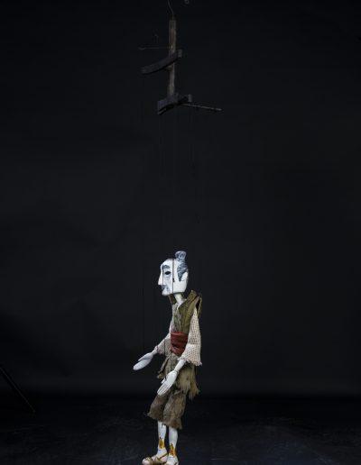 "4. M. Suponjin ""Čarobno Kendžovo oružje"", Pozorište lutaka ""Pinokio"", Beograd, 2003, režija-Viktor Klimčuk, kreacija lutaka-Aleksandar Sidorov"
