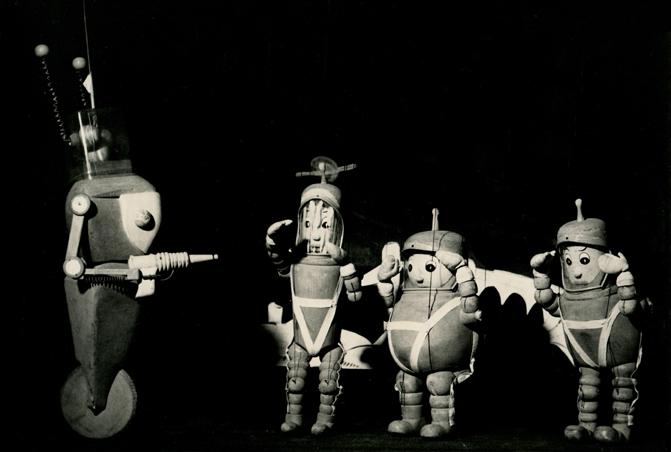 """M. Radaković """"Let kroz vasionu"""", Pozorište mladih, 1965, režija i lutke-Milivoje Radaković, scenografija-Mileta Leskovac"""