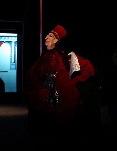 "I. Bojović ""Kraljevsko novo odelo"", režija-Jaroslav Antonijuk , kreacija lutaka i scenografija- Eva Farkašova, Pozorište lutaka ""Pinokio"", Beograd, 2012."