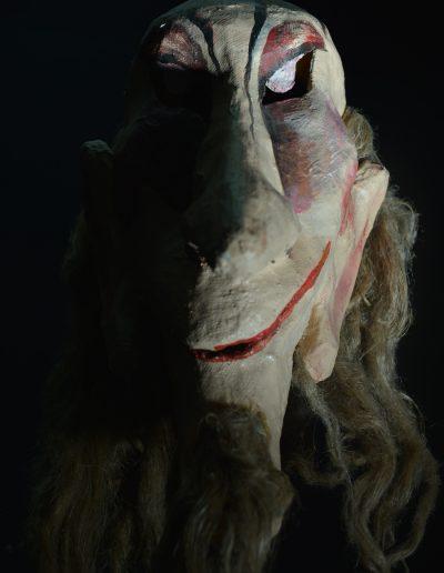 """4.V. Šekspir """"Bura"""", režija- Sabi Sabev, kreacija maski- Erika Kanjo Janovič, Dečje pozorište Subotica, 2002."""